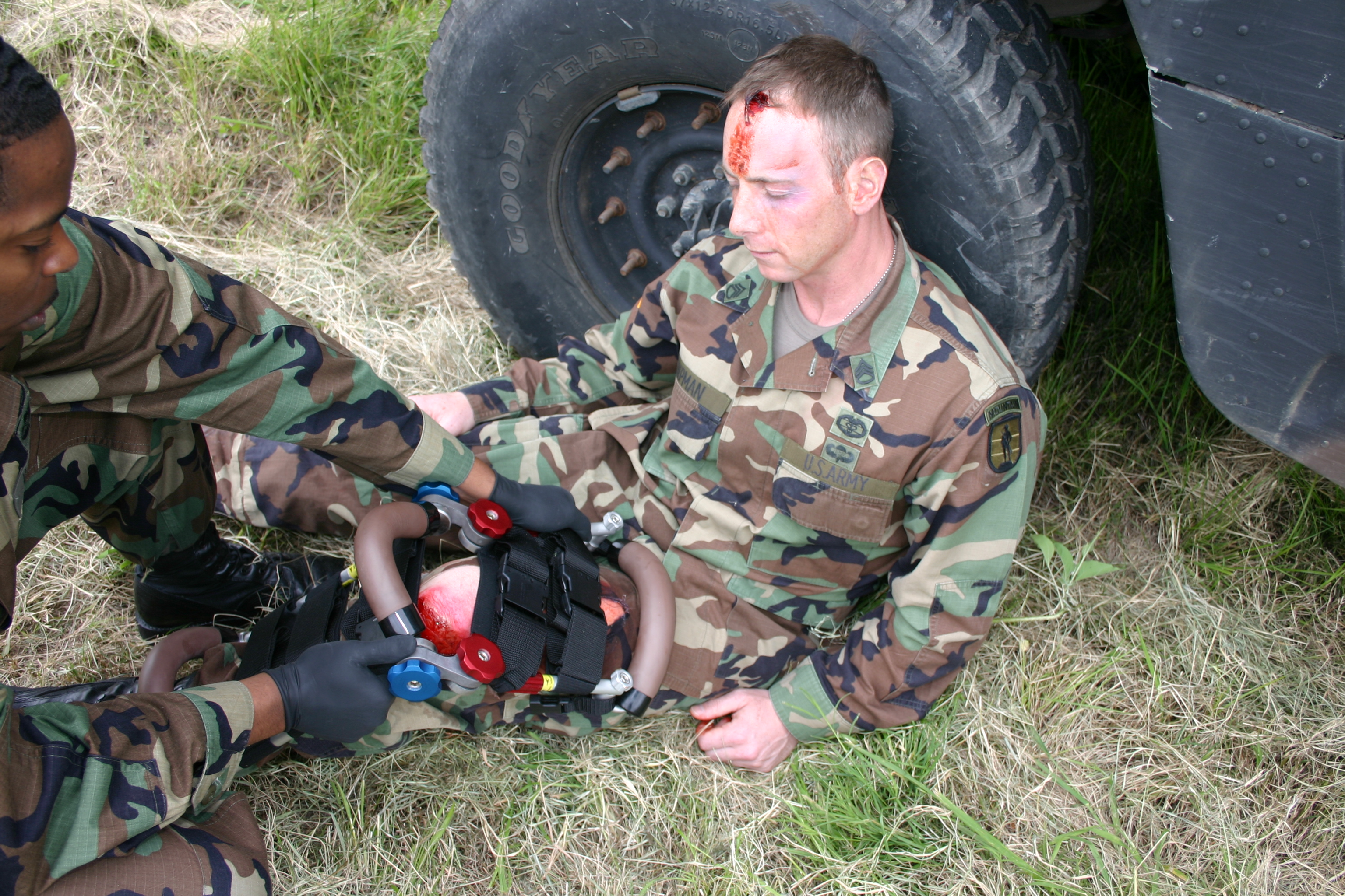 military-splint-training